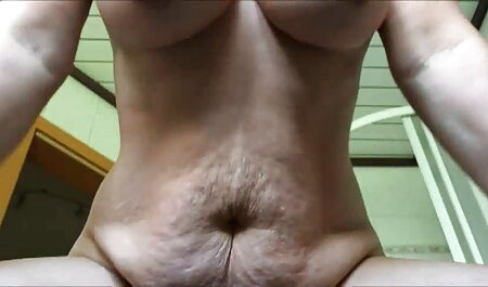 Fucks pussy with txxx camera in hand